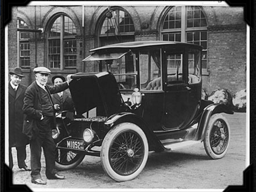the-electric-car-burst-onto-the-scene-in-the-late-1800s-and-early-1900s